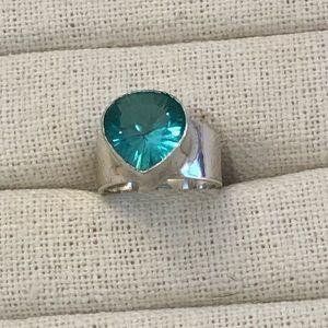 Jewelry - Blue quartz ring